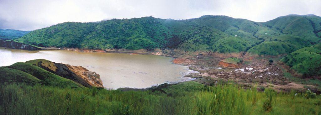Lake Nyos, lake in mountains, natural disasters